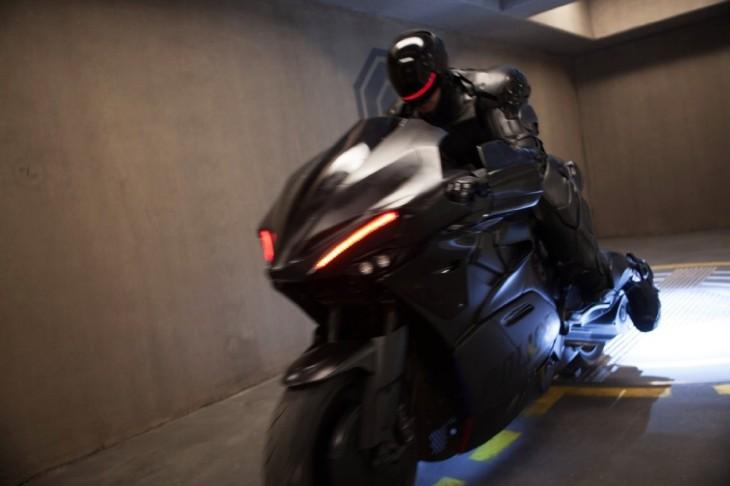 robocop-2014-robocop-bike