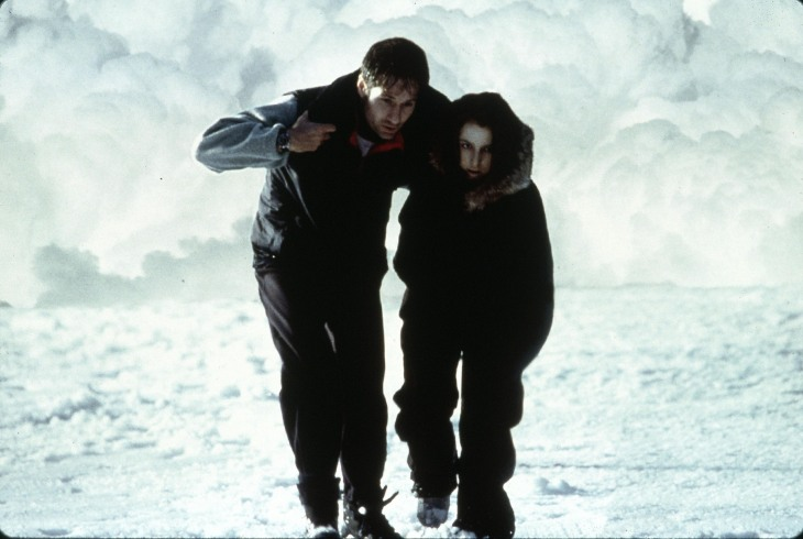 x-files-fight-the-future-mulder-scully-antarctica