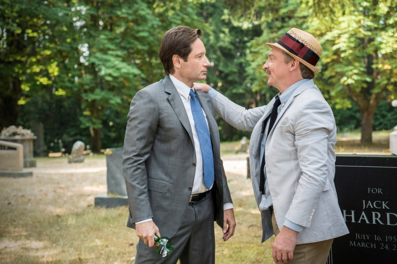 x-files-mulder-and-scully-meet-the-were-monster-guy-mann-mulder