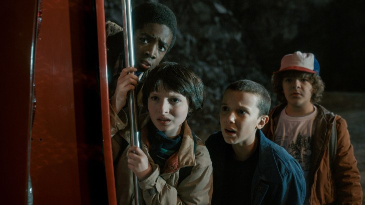 stranger-things-mike-eleven-lucas-dustin