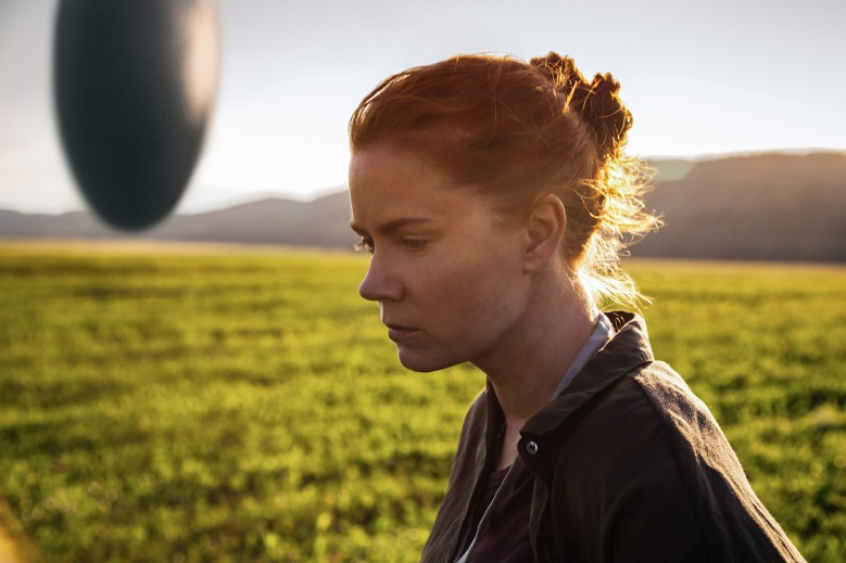 arrival-louise-banks-2