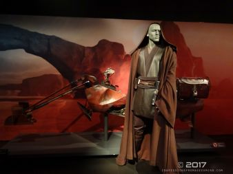 Star Wars Identities 64