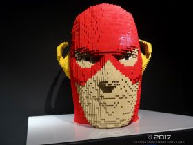 The Art of the Brick (DC Superheroes) 76