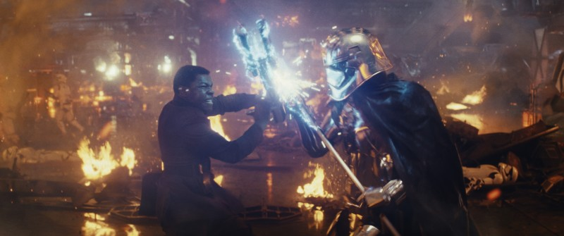 star-wars-the-last-jedi-finn-phasma.jpg