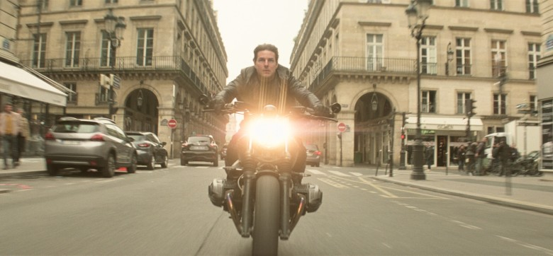 mission-impossible-fallout-ethan-bike-paris.jpg
